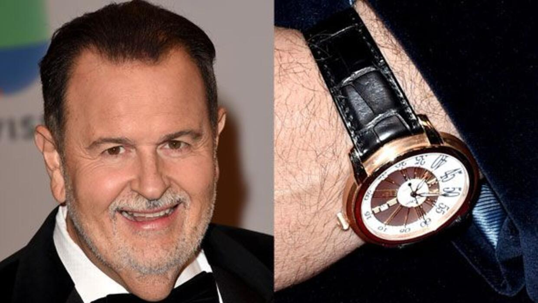 Raúl de Molina es un coleccionista de relojes.
