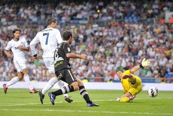 En la segunda mitad, al minuto 56, el propio Cristiano hizo un tanto más.