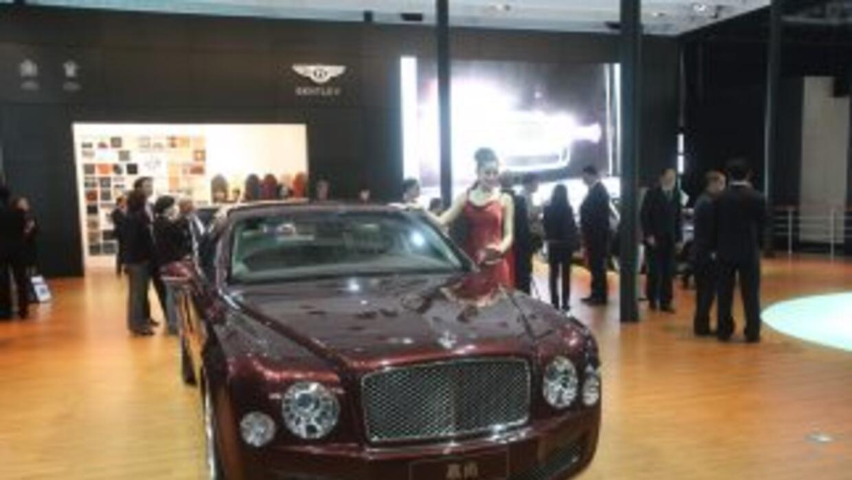 China está enamorada de los autos de lujo