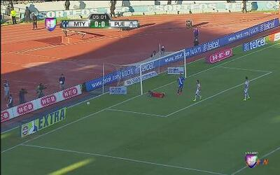 Monterrey vs Puebla: Gran atajada de Jonathan Orozco al minuto 5