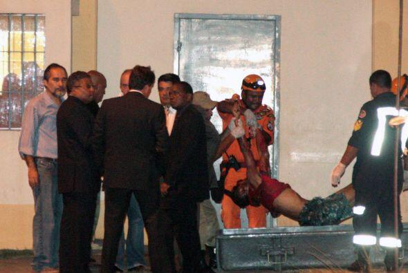 Al ingresar al centro penitenciario los policías encontraron seis cadáve...