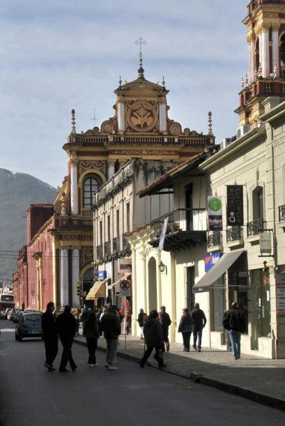 La ciudad tiene una arquitectura distinta al resto del País.
