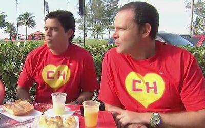 Alan y Orlando se pusieron la del Chapulín