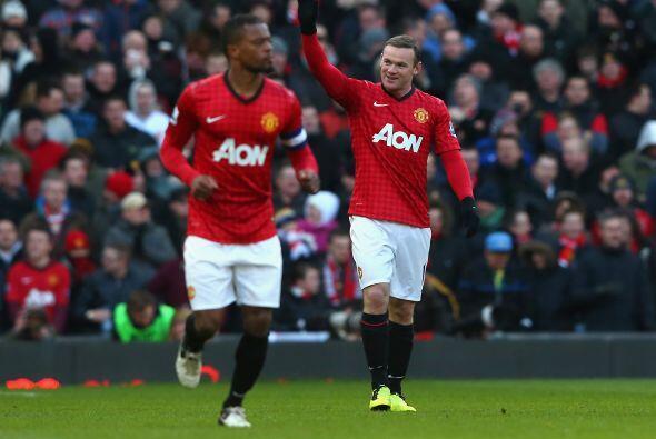 No pasaban de 11 minutos disputados y ahora fue el turno de Wayne Rooney...
