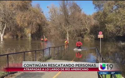 Al menos 10 personas quedan atrapadas en el Río Americano