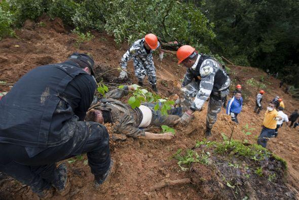 En Villa Guerrero hubo un deslave en el que murieron siete personas.