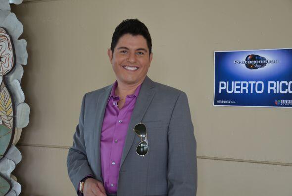 Ernesto además aprovechó para dar entrevistas a la prensa puertorriqueña...
