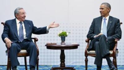 El presidente de Cuba, Raúl Castro y el de Estados Unidos, Barack Obama.