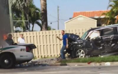 Dos hijos y la esposa del pelotero Sean Rodríguez resultaron heridos en...
