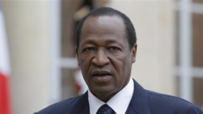 Blaise Compaoré, presidente de Burkina Faso, dimitió.