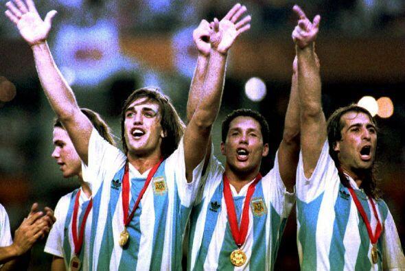En Copa América Argentina disputo 12 veces esta copa, se consagro campeó...