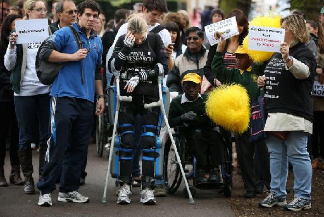 Varios cientos de personas asistieron a los últimos pasos en la maratón...