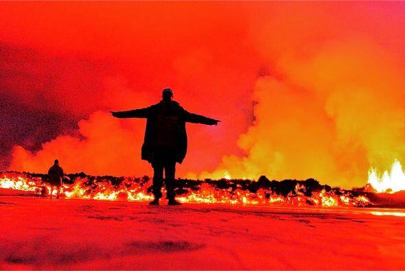 Una experiencia sin igual debe ser la erupción de un volcán tan cerca.