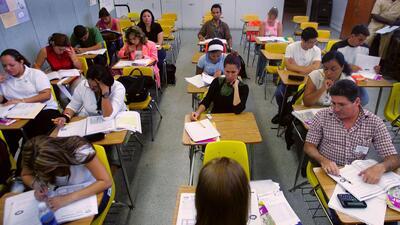 estudiantes que aprenden inglés