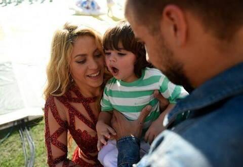 Shakira, Milan y Piqué.  Mira aquí los videos más chismosos.