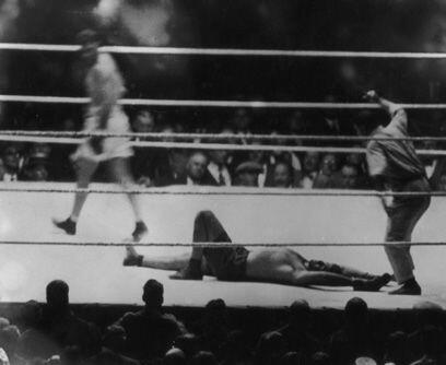 Un robo en un asaltoEl 14 de septiembre de 1924, en Nueva York, el argen...