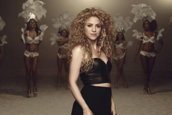 Shakira La colombiana pone en alto a los latinos desde el escalón 58....