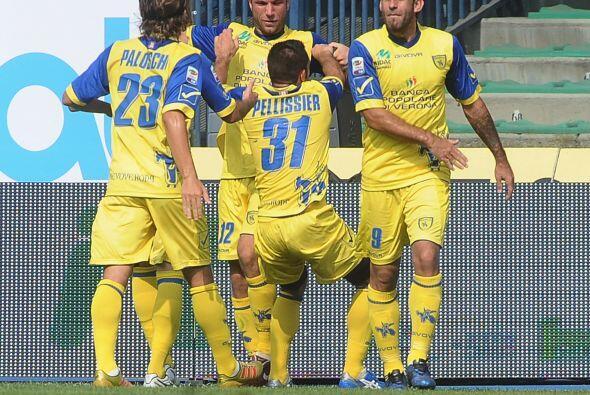 Y cuando se jugaba el tiempo de compensación, Davide Moscardelli...