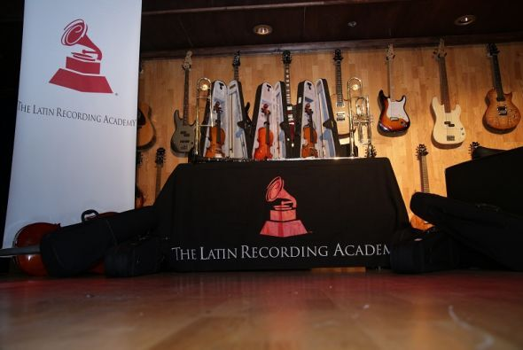 Latin GRAMMY In The Schools ofrece la oportunidad a los estudiantes de c...
