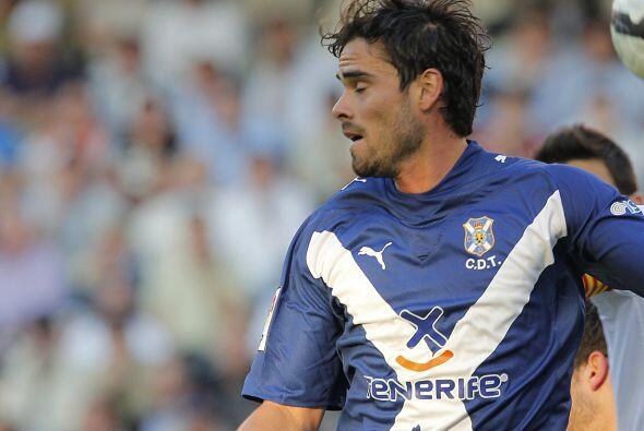 El defensa argentino Ezequiel Luna cambió el Tenerife por la Liga de Qui...