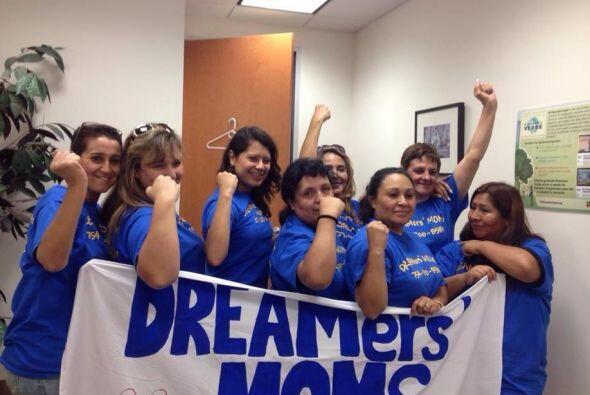 Buen ánimo y no se rinden, dicen las madres de dreamers que asistieron...
