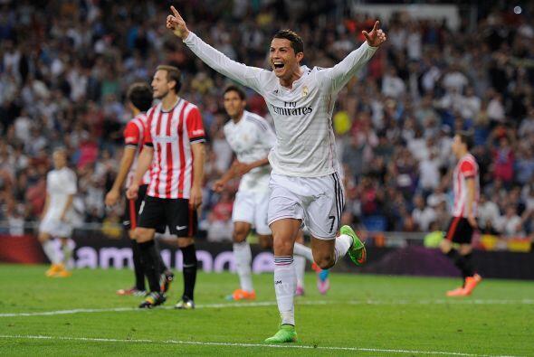 El duelo esperado entre Cristiano Ronaldo y Lionel Messi es dominado por...