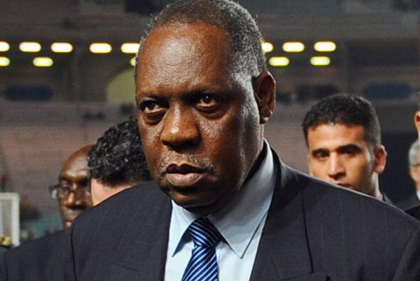 Issa Hayatou, de Camerún, es el presidente de la Confederaci&oacu...
