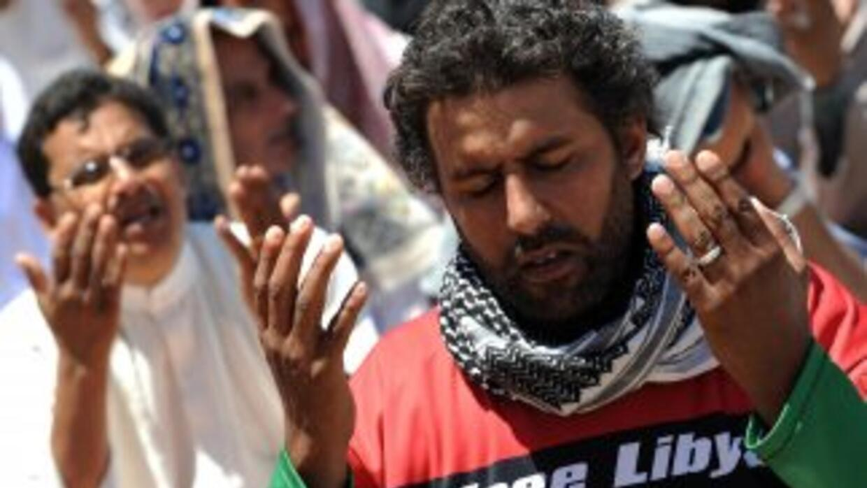La revuelta de Libia se convirtió en una guerra civil que ha dejado mile...