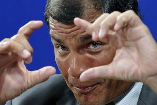 El presidente de Ecuador, Rafael Correa, dice que Reino Unido debe respe...