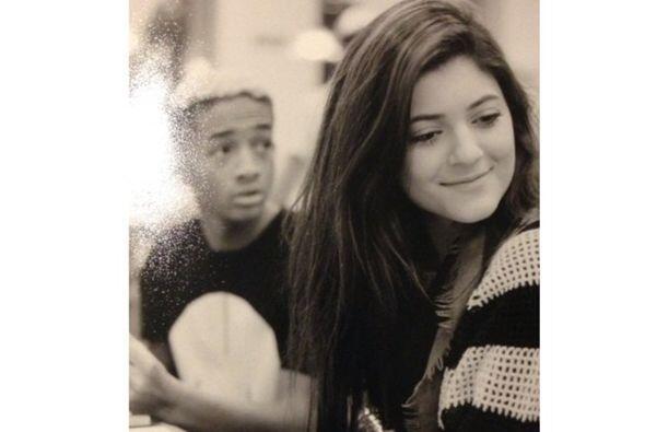 Pero la relación que existe entre Jaden y Kylie ha dado mucho de...