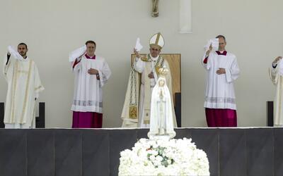 Papa canoniza a dos de los niños visionarios del supuesto milagro de la...
