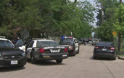 Pelea entre dos hombre terminó con una balacera en la calle Anita