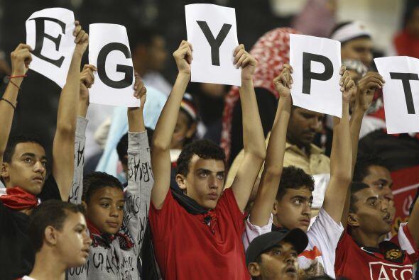 A pesar de la parcial derrota egipcia, el ambiente y apoyo de su gente s...