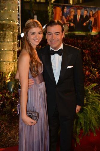 Toño Mauri  y su hija Carla Alemán también asistió al gran festejo de lo...