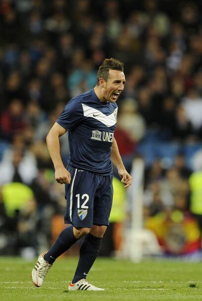 Santi Cazorla, seleccionado español, mostró su gran talento para el cobr...