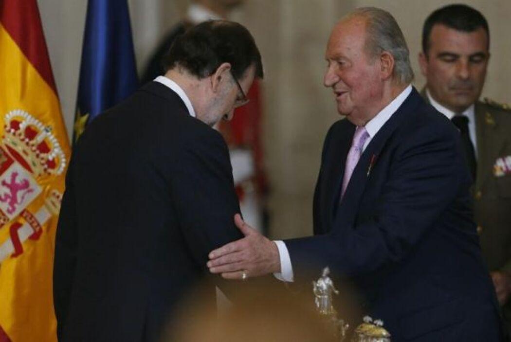 El acto solemne tuvo lugar en la Sala de Columnas del Palacio Real.