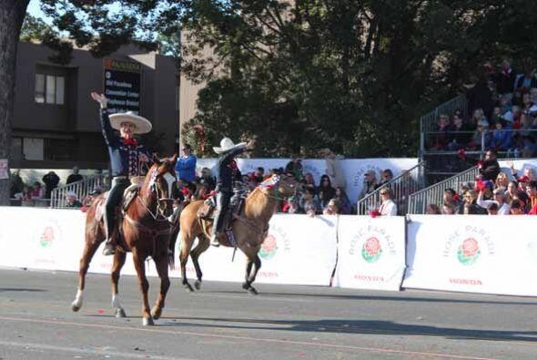 Charros mexicano dejaron muy en alto el deporte nacional con una exhibic...
