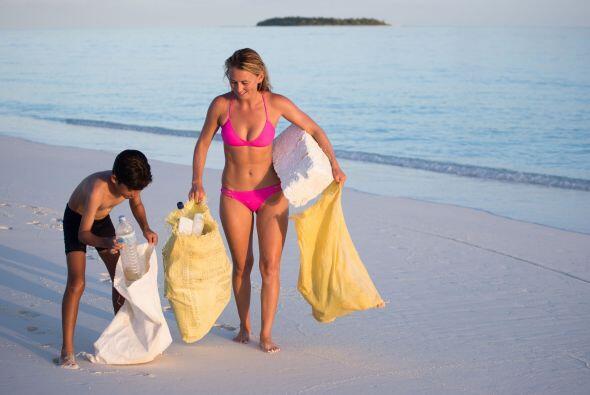 Después del impactó que esto causó en los jóvenes turistas, Alison decid...