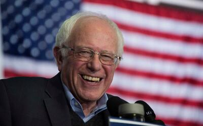 Dinero on Noticias GettyImages-Sanders-Bernie-Iowa-2016.jpg
