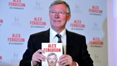 Ferguson presentó su autobiografía, en la que hace un repaso de toda su...