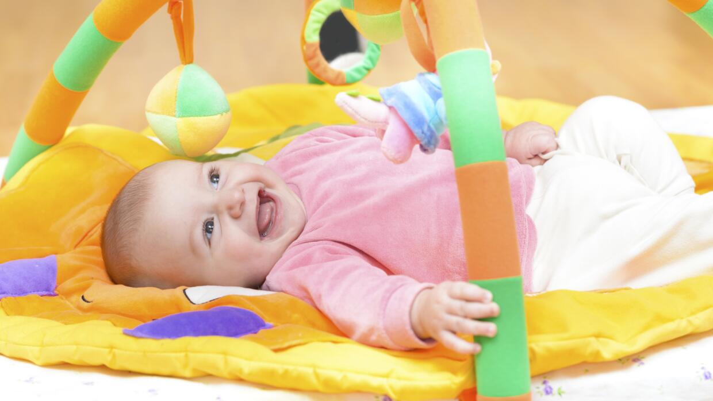 Descubre cómo estimular el lenguaje de tu bebé.