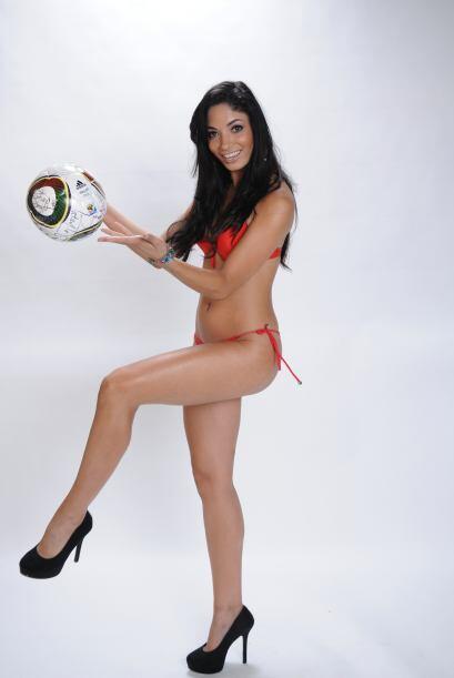 Para ella las cosas que se pueden hacer con un balón, son amplias...