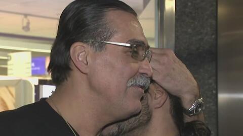 Un hombre recupera la libertad tras décadas y se reencuentra con su hijo