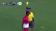 Tarjeta amarilla. El árbitro amonesta a Maikel Reyes de Cuba