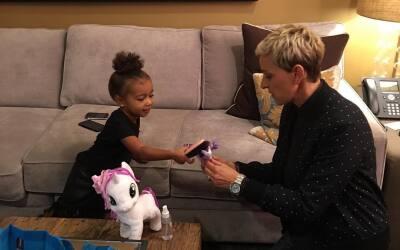 Ellen y North