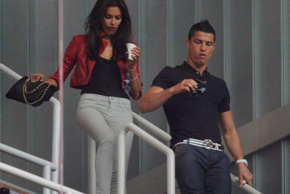 El futbolista Cristiano Ronaldo le propuso matrimonio a su novia, la mod...