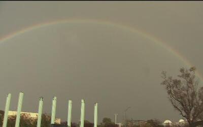 Un arco iris adornó el cielo de Sacramento