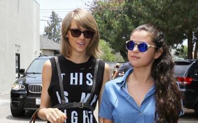 BFFs! Aquí no hay 'Bad Blood'. Taylor Swift y Selena Gomez salieron a co...
