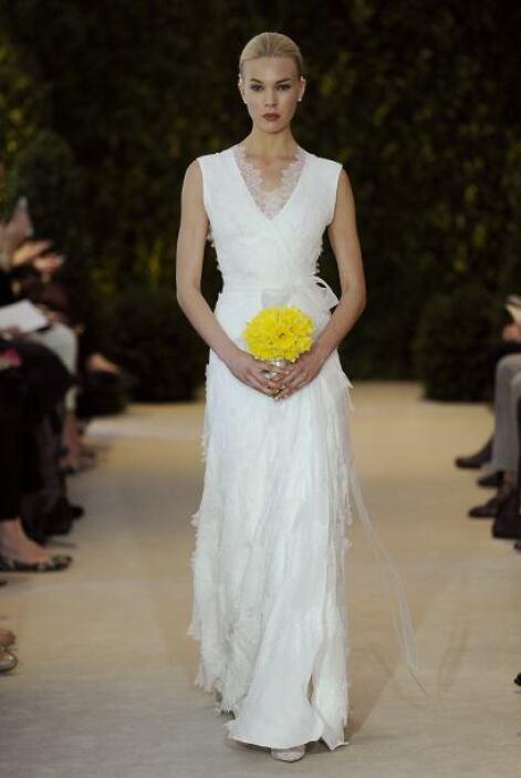 Otra opción, son los vestidos corte imperio, adornados con listones de t...