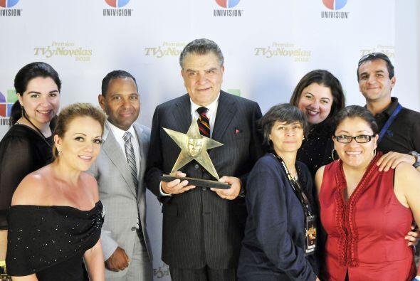 La familia de Univision celebró su logro.